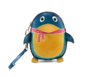 Penguin Wristlet /  Coin Purse /  Genuine Leather /  Blue /  Happy Feet