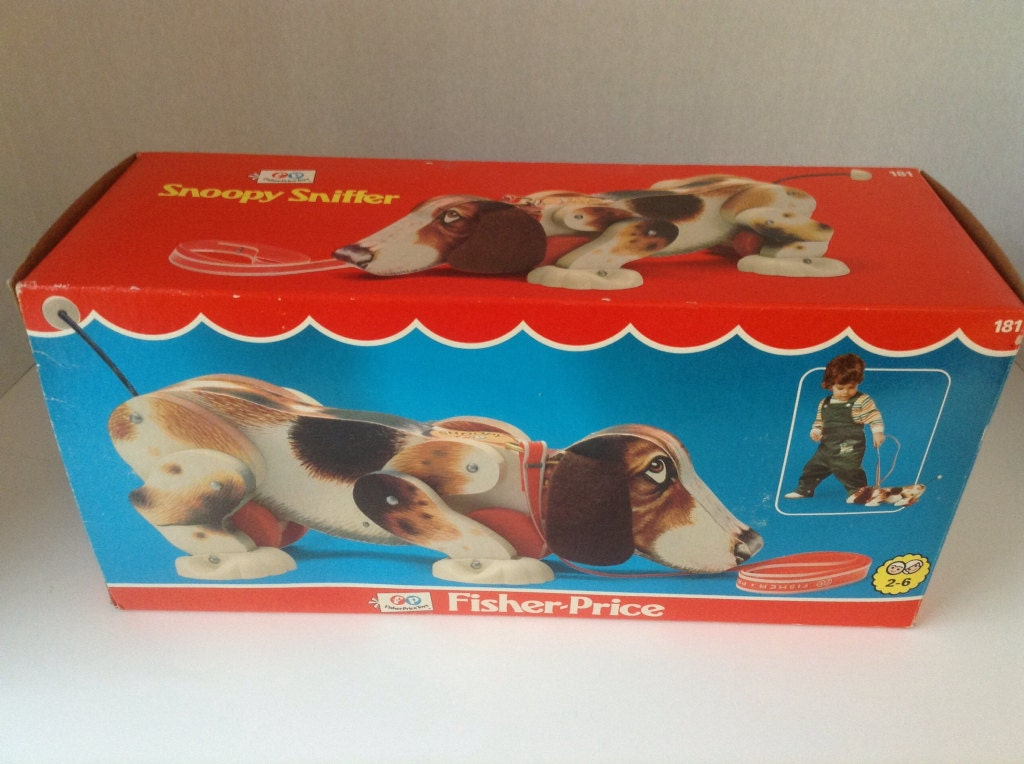 1977 fisher price snoopy sniffer pull toy. Black Bedroom Furniture Sets. Home Design Ideas