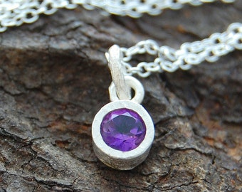 Amethyst Necklace, Silver Amethyst Pendant, Silver Gemstone Necklace, Semi Precious Stone, Purple Stone, Round Pendant, 925 Silver Necklace