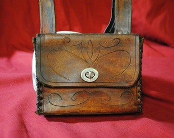 Belt bag in boiled leather