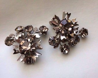 Gorgeous Vintage Smoky Rhinestone Floral Clip-On Earrings