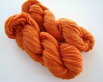Hand Dyed Yarn, Hand Dyed Wool, Orange Dyed Yarn, Pumpkin Orange Wool, Autumn Orange Yarn, Medium Worsted Wool, Fall Trends Yarn, Hand Dyed
