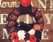 Halloween wreath, black and orange wreath, crow wreath, Halloween decor, Halloween crow wreath