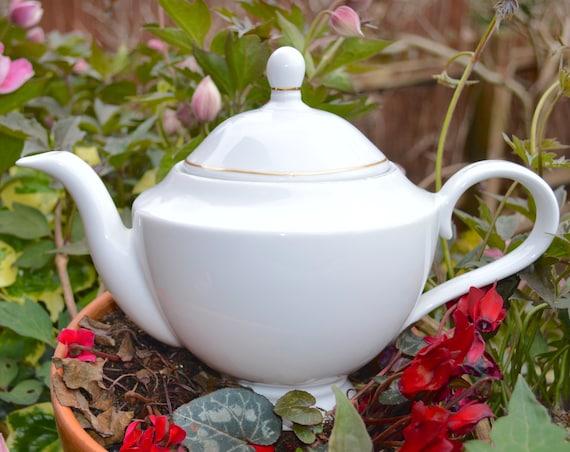 Westbury By Elizabethan Elegant English Fine China Teapot