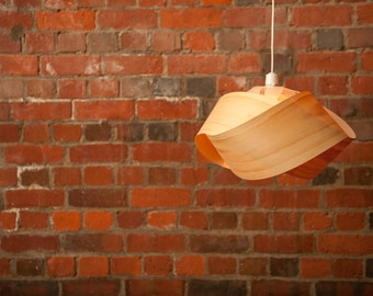 Wood veneer pendant light shade - Twist