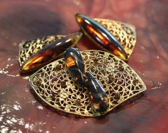 Lovely vintage faux tortoise shell earrings and brooch