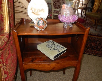 ANTIQUE HEART TABLE