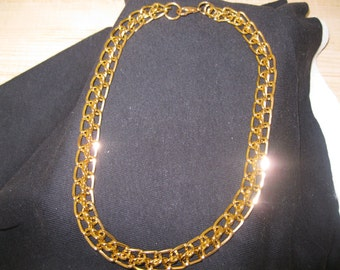 Avon Chain Connection Necklace