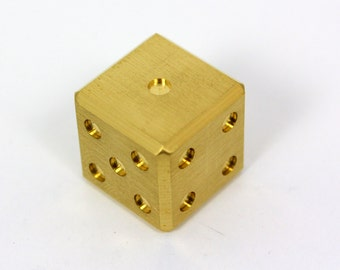8 sided dice generator online