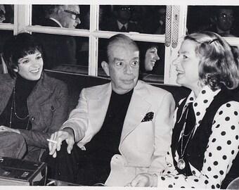 Vintage Original photograph Liza Minnelli, Vincente Minnelli & Ingrid Bergman - Rome - dated: 11/21/75 - Movies---FREE SHIPPING !!!