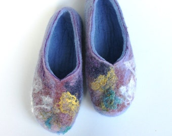 Felted  wool  women slippers / handmade house shoes / ecological felt slippers for woman, MADE TO ORDER