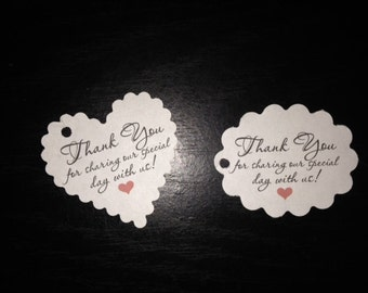 Wedding Favor Thank You For Celebrating Our Day Scalloped Heart Oval Hang Gift Tags