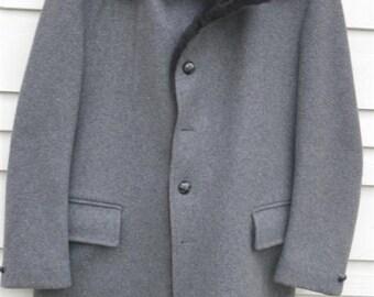 McGregor Men's Wool Coat 1970's Vintage Very Nice