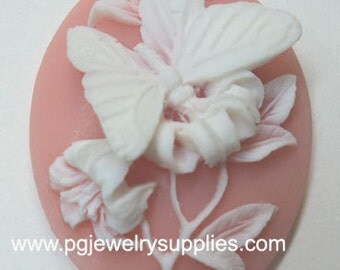 40x30 oval butterfly pink resin cameos (2 pieces)