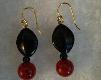 Ravishing Red and Black Earring Set