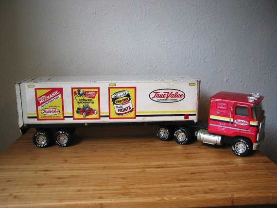 Toy Tractor Trailer Trucks : Nylint true value hardware stores toy tractor trailer semi