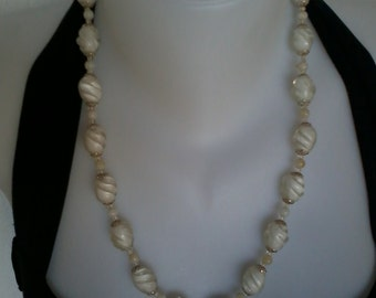 vintage plastic beads necklace old clasp