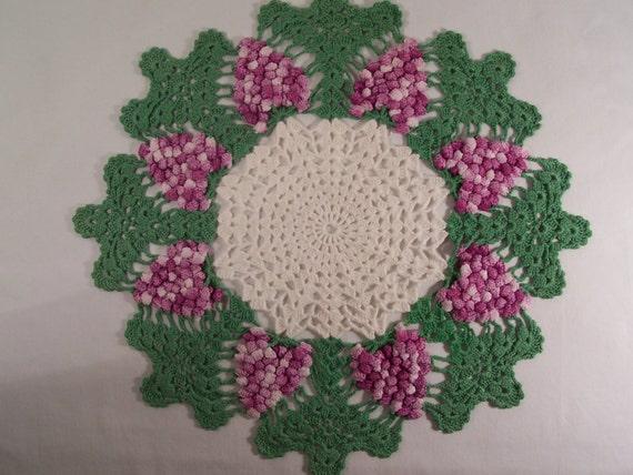 Vintage Doilies Wisteria Pair Crochet S470