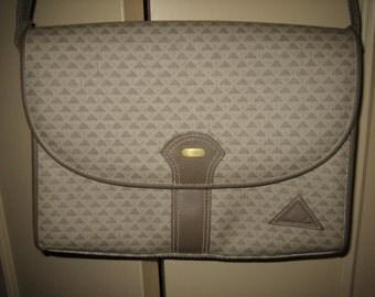 1984 Liz Claiborne Vintage Purse Handbag Shoulder Bag with  Taupe Leather Trim