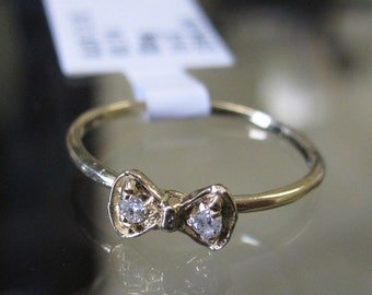 14K Gold Diamond Bow Tie Knuckle Pinky Toe Ring