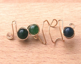 Green Vein Agate, gold ear cuff. (No piercing). The mystical birthstone for September. Also available in Sterling Silver and plated metals.