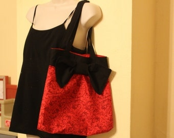 Red and black pleated bow purse/tote