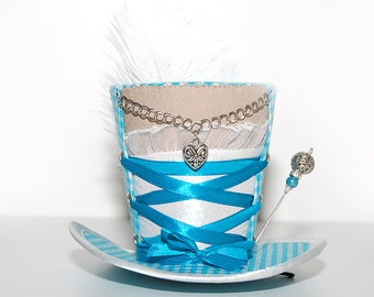 Mini Hat - Oktoberfest Dirndl décolleté - gingham turquoise - Fascinators - headpiece