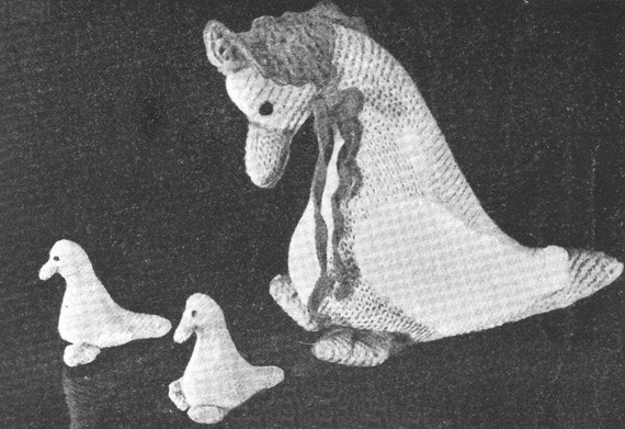 Knitting Pattern For Jemima Puddle Duck : Vintage 1930s Jemima Puddleduck Duck Toy by VintageKnitandStitch