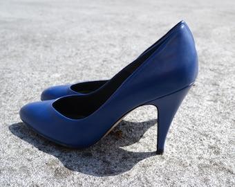 """1970s """"Fannie"""" Cobalt Blue Leather Pumps"""