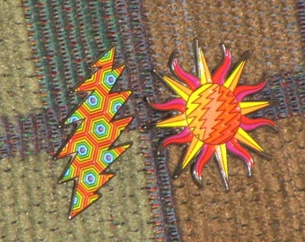Pair of 2 Dead Head Here Comes Sunshine Sun Lightning Bolt Lapel Hat Pin Lot