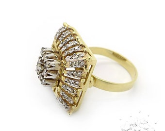 Vintage 14K Yellow Gold Ring Inlaid Diamonds, Made in USSR (Soviet Union), Size 8.25, Weight 8.1g, Exellent Condition