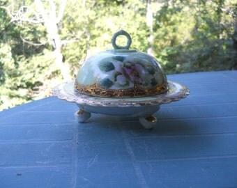 Small domed dish