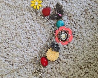 Neklace with Fun Charms!