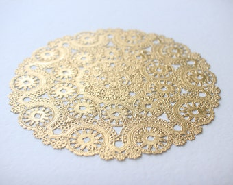 "100 Metallic Gold 10"" Round Medallion Doilies. Foil Lace Paper. Use for Placemats, Invitations, Bombonieres, Favors"
