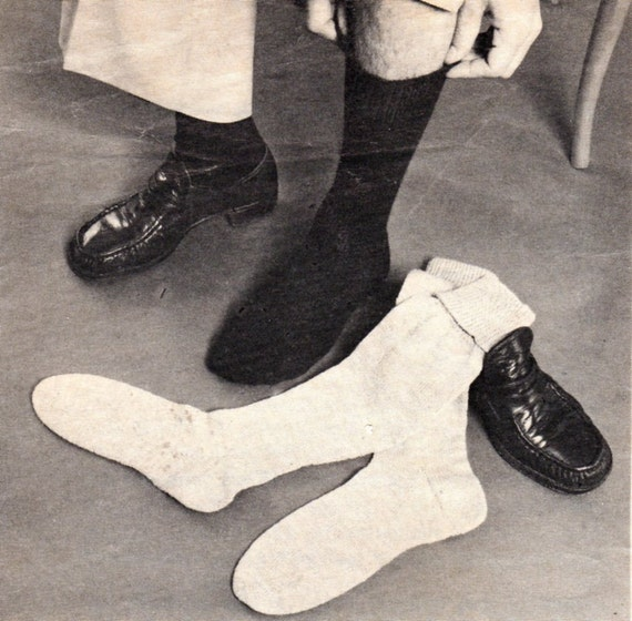 Vintage Knitted Man/Boy Plain Socks Pattern. by IvysPatterns