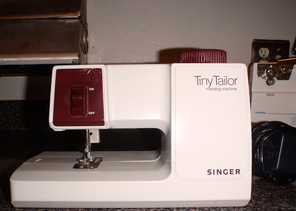 Tiny Tailor Mending Machine Singer Model M100a Made In France