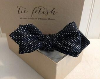 Black and white micro polka dots self tie pre tied bow tie diamond tip