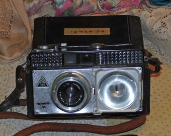 Vintage Collectible Tower 39 Camera With Case Automatic 35 Kominar Vintage Photography Japanese Camera Antique Camera Industrial Decor
