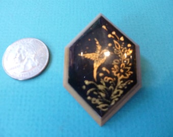 Mexican Brooch Vintage Laquerware Pin With Hummingbird Design 80's