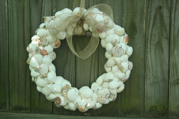 Summer Seashell Wreath, Beach decor, Beach Wedding Decor, Ocean Decor, Seashell Art, Patio Decor, Home Decor Front Door Wreath Beach House