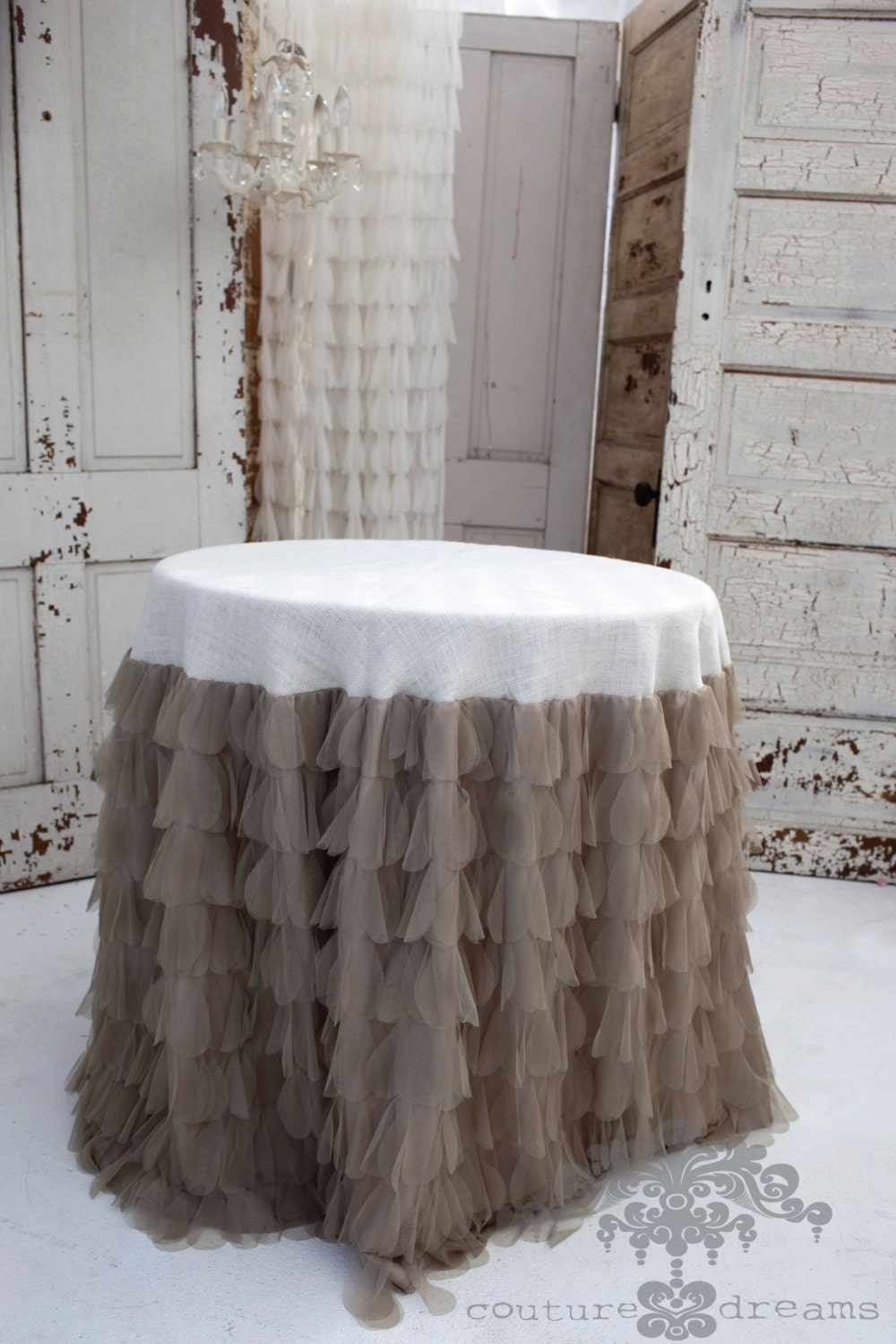 Couture Dreams Chichi Sable Petal Amp Ivory Jute Tablecloth
