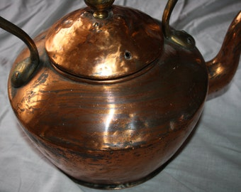 Vintage Copper kettle over 100 years old -durable..very rare. REDUCED