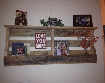 Pallet Shelf, Decorative Pallet Shelf