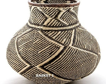 Traditional Nongo baskets, handwoven in Africa