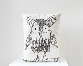 Mothers day Sale Owl pillow woodland nursery Decorative pillow, Owl portrait, Decorative Pillow, gift idea, home decor, custom pillow
