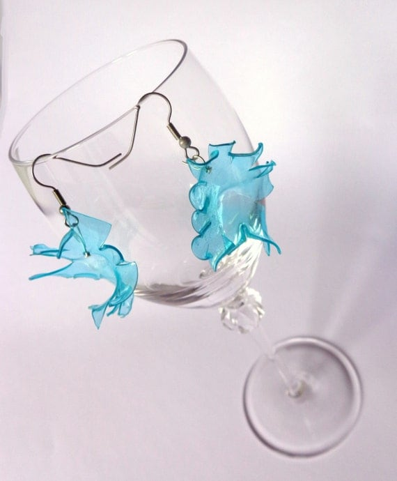 recycled plastic earrings green water.