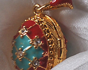 FAB24 Farberge pendant red