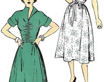 New York Pattern 1011 Charming Dress with Shirred Bodice 1940's / SZ12 FACTORY FOLDS