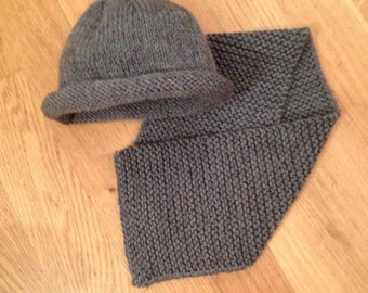 Cute blue grey knitted 100% wool hat and scarf set size 6 - 12 months with free worldwide delivery
