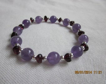 Amethyst and Garnet stretch bracelet